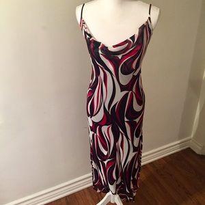 $95 Arden B form fitting dress size 6